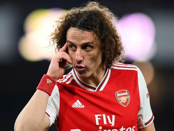 Bóng đá QT sáng 19/3: David Luiz bị nghi ngờ kiến thức bẫy việt vị