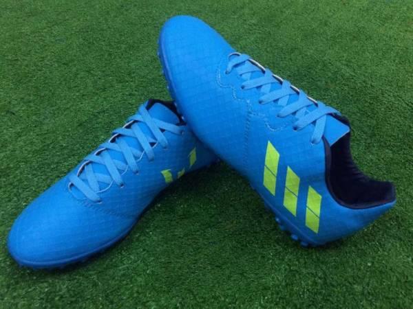 Giày Messi 16