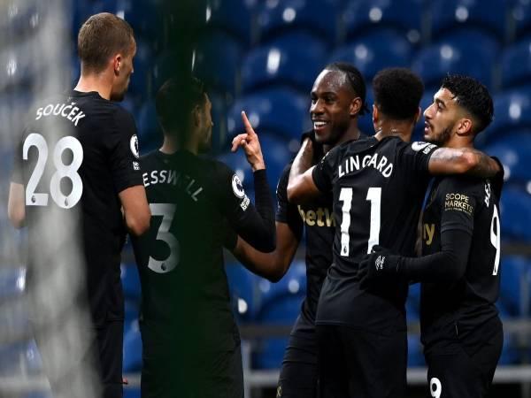 Bóng đá QT chiều 4/5: Búa tạ kiên trì bám đuổi Chelsea