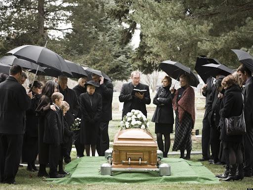 Nằm mơ thấy người chết có ý nghĩa gì đặc biệt